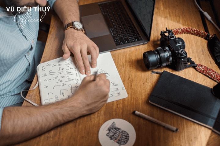 Tại sao cần phải xây dựng bộ nhận diện thương hiệu cá nhân?