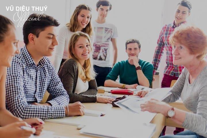 Những lợi ích mà khóa học phát triển bản thân đem lại cho những người trẻ