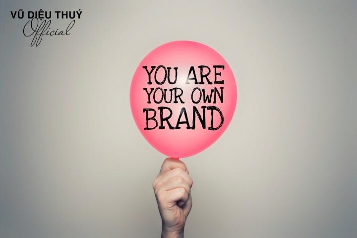 Quản trị thương hiệu là gì? 5 nguyên tắc quản trị thương hiệu cá nhân